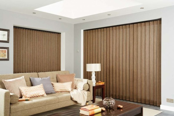 bronze-vertical-blinds2-800x533 вертикальные