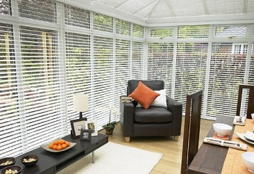 Wood-Venetian-Conservatory-Blinds